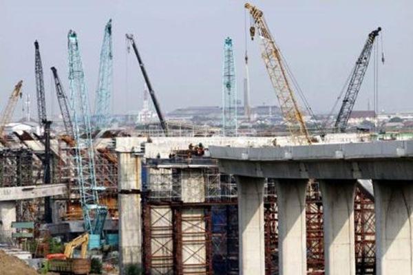 Pembangunan jalan tol akses Tanjung Priok. - Ilustrasi/Bisnis