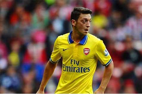 Salah satu tumpuan Arsenal Mesut Ozil - Reuters