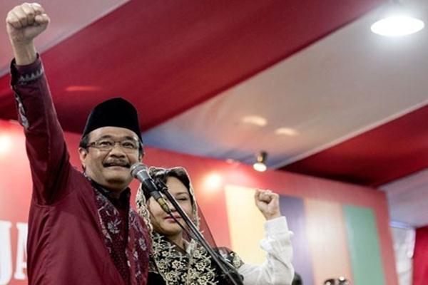 Djarot Saiful Hidayat dan istri Happy Farida - Antara