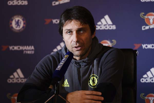 Pelatih Chelsea FC Antonio Conte - Reuters
