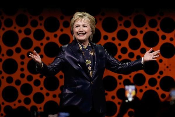 Penampilan baru Hillary Clinton - Istimewa