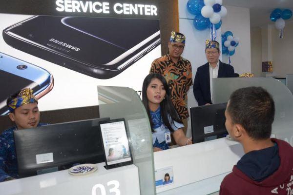 Samsung Membuka Gerai Service Center Premium Di Denpasar