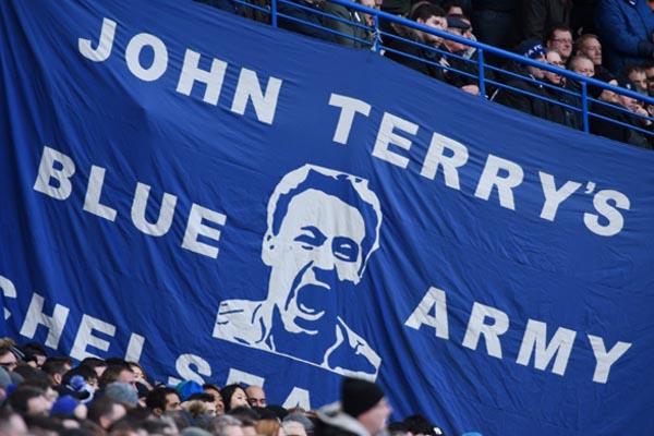 Banner dukungan untuk John Terry - Reuters