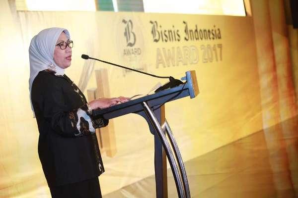 Nurhaida, Kepala Eksekutif Pengawas Pasar Modal OJK menyampaikan terima kasih kepada Bisnis Indonesia yang telah menyelenggarakan Bisnis Indonesia Award sejak 2002.