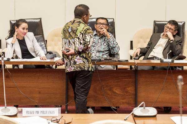Pukul Rata, Rapat Pansus Hak Angket KPK Sehari Telan Duit Berapa? - Kabar24  Bisnis.com