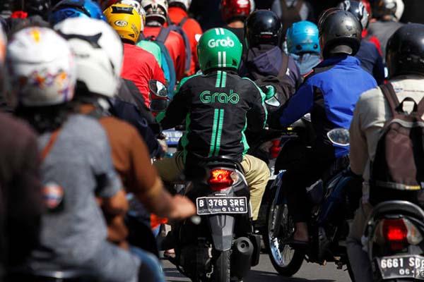 Grab Bike - Reuters/Iqro Rinaldi