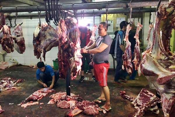 Rumah pemotongan hewan, di Karawaci, Minggu (19/6). - JIBI/Deliana Pradhita Sari