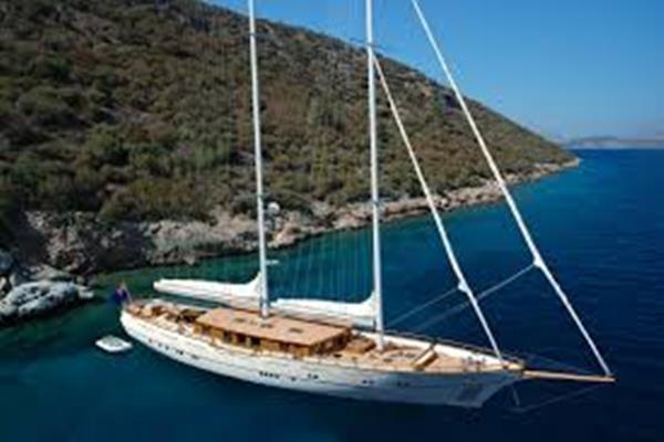 Yacht - charterworld.com