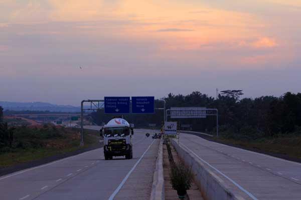 Tol Trans Sumatra - Antara