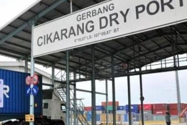 Pintu gerbang Cikarang Dry Port - Ilustrasi