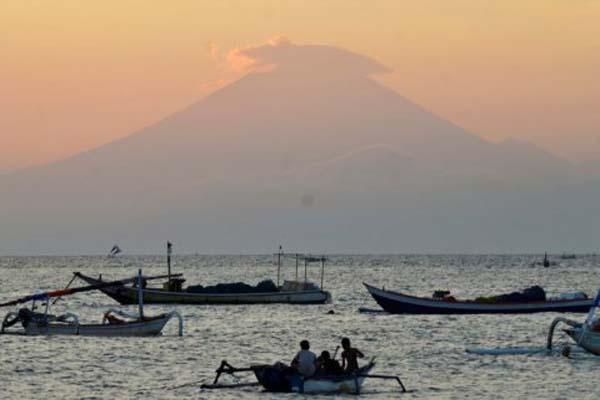 Gunung Agung di Karangasem, Bali. - Reuters