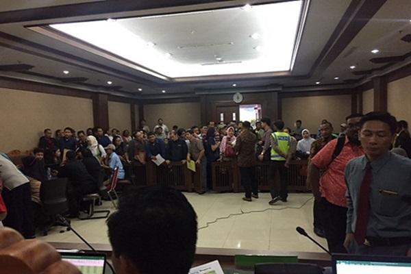 Suasana rapat kreditur Koperasi pandawa di Pengadilan Niaga Jakarta Pusat, Selasa (15/8/2017) - Deliana Pradhita sari