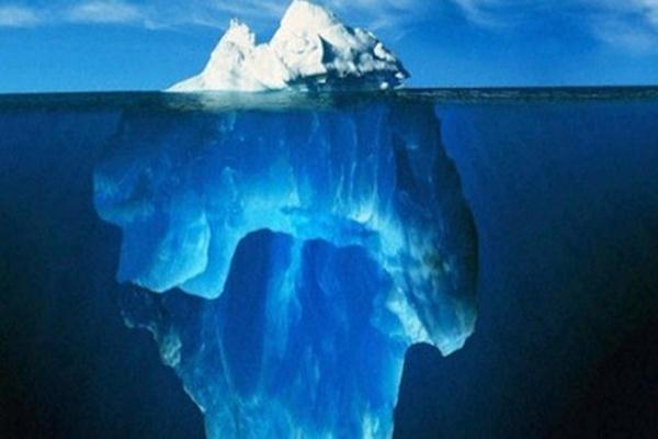 Bagian yang terlihat di atas permukaan hanya satu per sepuluh bagian dari seluruh massa gunung es yang mengambang. - Istimewa