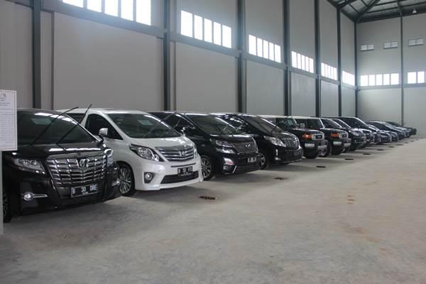 Kpk Toyota Sitaan Djoko Susilo Sharul Raja Jadi Mobil Dinas Kabar24 Bisnis Com