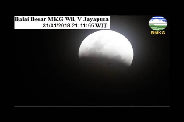 Super Blue Blood Moon memasuki fase gerhana  sebagian - Twitter BMKG