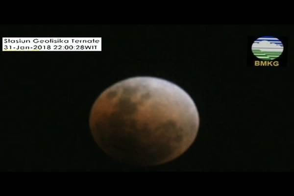 Super Blue Blood Moon memasuki fase gerhana bulan  total - Twitter BMKG