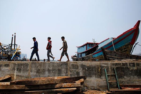 Muara Baru di Jakarta Utara - Reuters/Darren Whiteside