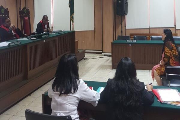 Sidang kelima gugatan cerai Basuki Tjajaha Purnama (Ahok) atas istrinya, Veronica Tan di Pengadilan Jakarta Utara, Rabu (28/2). Pada sidang ini, Ahok membawa staf ahlinya semasa menjabar Gubernur DKI Jakarta sebagai saksi. - JIBI/Sholahudin Al Ayyubi