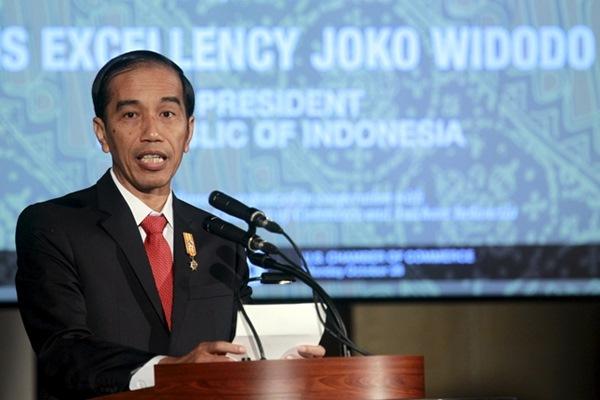 Presiden Jokowi saat berbicara pada acara di Kamar Dagang Amerika Serikat di Washington, (26/10/2015). - Reuters/Yuri Gripas