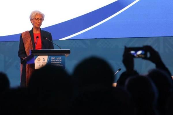 Direktur Pelaksana Dana Moneter Internasional (IMF) Christine Lagarde memberikan sambutan saat acara High Level International Conference, di Jakarta, Selasa (27/2). Acara tersebut merupakan rangkaian Annual Meetings 2018 dengan tema New Growth Models in a Changing Global Landscape. - JIBI/Abdullah Azzam