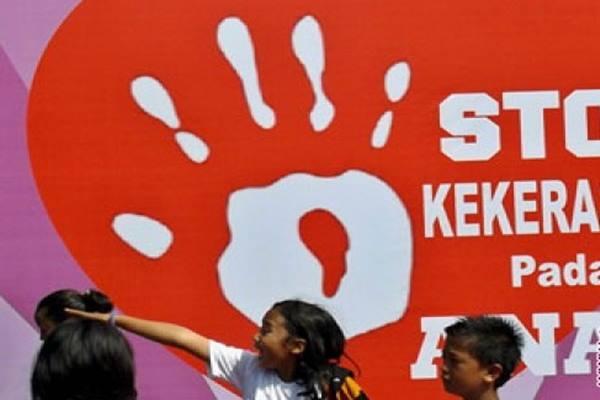 Setop kekerasan pada anak - ANTARA FOTO/R.Rekotomo