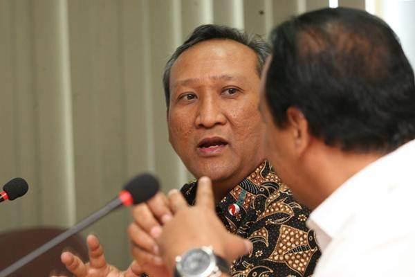 Direktur Utama PT Rajawali Nusantara Indonesia B. Didik Prasetyo berkunjung ke kantor redaksi Bisnis Indonesia di Jakarta, Selasa (28/11). - JIBI/Dedi Gunawan