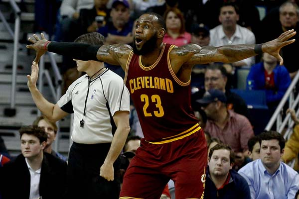Bintang Cleveland Cavaliers LeBron James - Reuters