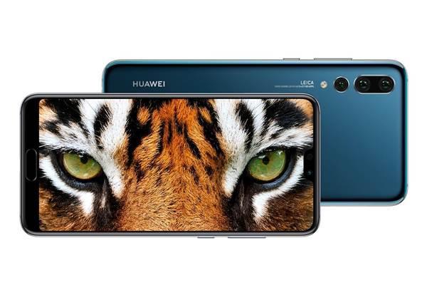Ponsel Huawei P20 Pro dengan tiga kamera belakang - Huawei