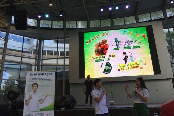 PT Pegadaian (Persero) membuka Pegadaian Literation Fair, roadshow memperkenalkan bisnis serta layanan perseroan ke masyarakat luas di 19 kota di Indonesia, di Gandaria City, Jakarta, Sabtu (31/3). - Bisnis/Reni Lestari