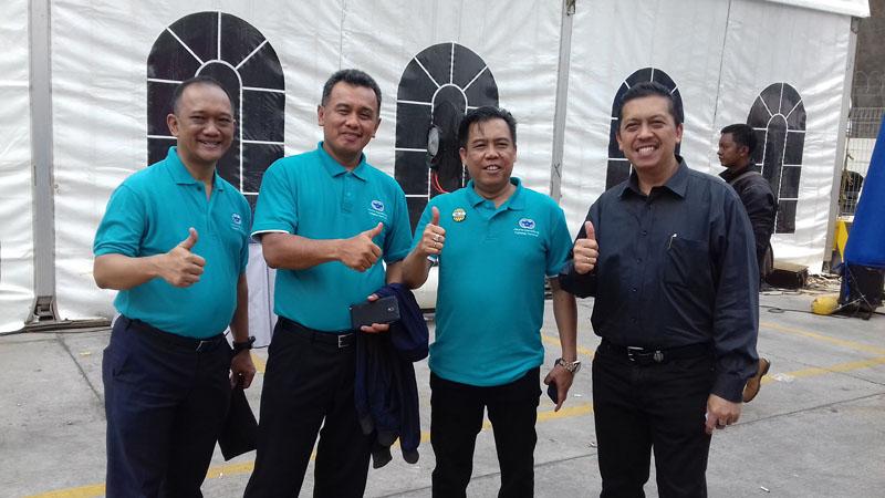 Dirut JICT Gunta Prabawa (kedua dari kanan), saat perayaan HUT ke-19 JICT di Jakarta Rabu(18/4/2018). - Bisnis/Akhmad Mabrori