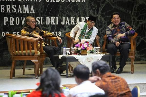Sarman Simanjorang (kanan) dan Wagub DKI Sandiaga Uno - facebook