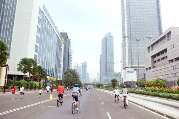 Suasana lengang saat Car Free Day di Jalan Thamrin, Jakpus. - jakarta.go.id/Shinta