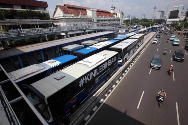 Ilustrasi: Armada bus Transjakarta - JIBI/Abdullah Azzam