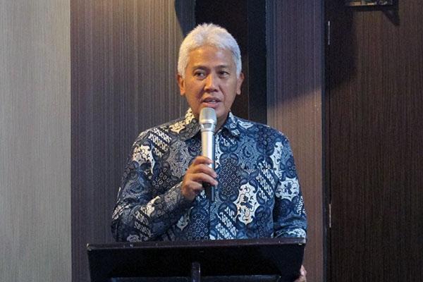 Direktur Utama PT Bank Pembangunan Daerah Sulawesi Utara Gorontalo (Bank Sulutgo) Jeffry A.M. Dendeng. - Bisnis - Kurniawan A. Wicaksono