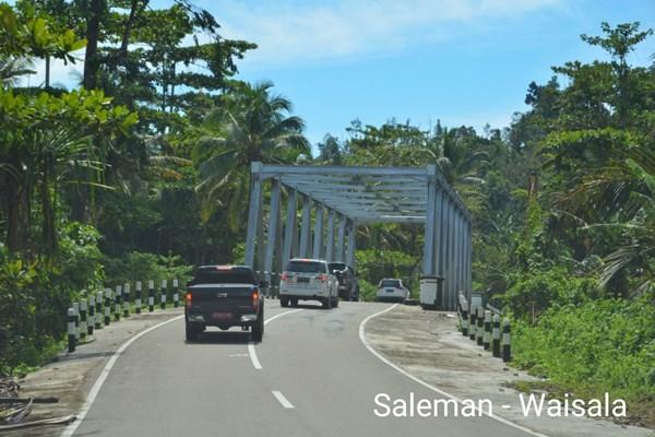 Ruas jalan Saleman-Waisala yang menjadi bagian Trans-Maluku. - Kementerian PUPR