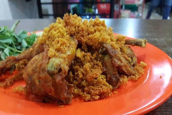 Kampung Wisata Kuliner Ayam Goreng Kalasan Banjir Pesanan Traveling Bisnis Com