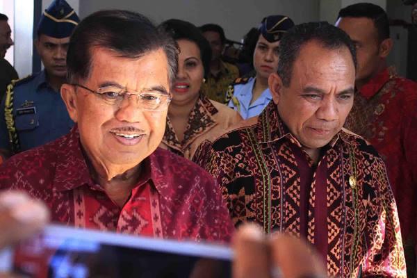 Wakil Presiden Republik Indonesia Jusuf Kalla (kiri)  - Antara