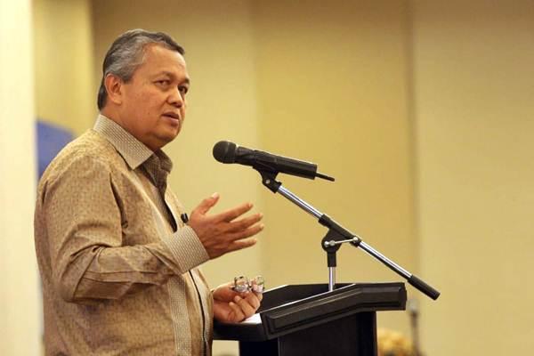 Gubernur Bank Indonesia Perry Warjiyo menyampaikan makalahnya pada diskusi publik di Jakarta, Rabu (6/6/2018). - JIBI/Dedi Gunawan