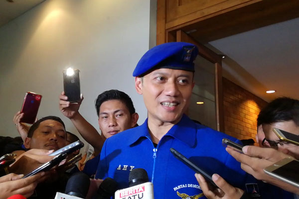 Agus Harimurti Yudhoyono, Komandan Satuan Tugas Bersama (Kogasma) Partai Demokrat ketika ditemui wartawan usai acara Pengukuhan, di Wisma Proklamasi, Jakarta, Sabtu (17/2/2018). Bisnis.com - Agne Yasa