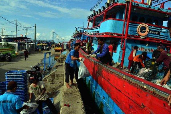 Aktivitas nelayan. - Bisnis/Endang Muchtar