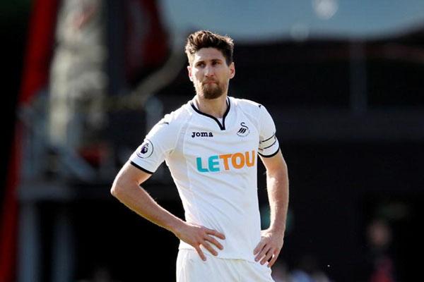 Federico Fernandez Tak Ikut Swansea Degradasi, Pindah ke Newcastle - Bola  Bisnis.com