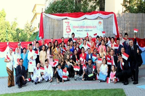 Suasana Perayaan Hut Ri Di Slowakia Kabar24 Bisnis Com