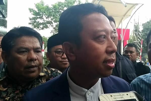 Ketua Umum PPP Romahurmuziy saat tiba di Gedung KPK, Kamis (23/8/2018). - Bisnis/Rahmad Fauzan