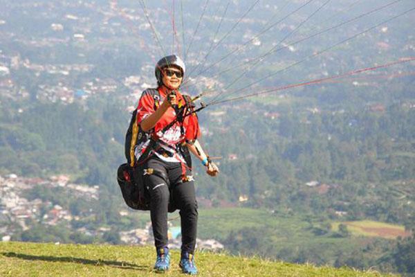 Atlet paralayang Indonesia Rika Wijayanti - Istimewa/PB FASI