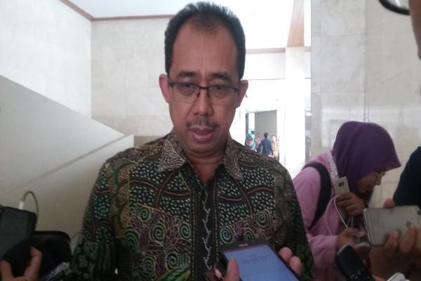 Direktur Jenderal Bea dan Cukai Heru Pambudi memberikan keterangan pers di Kompleks Parlemen, Selasa (10/7 - 2018)