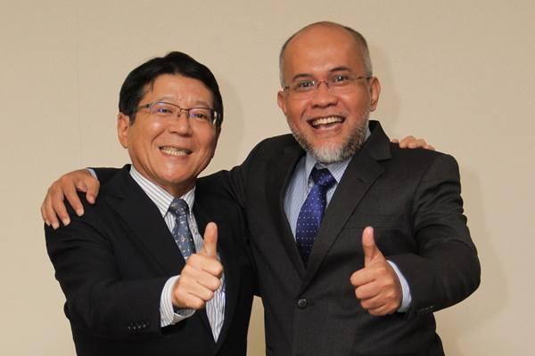 Masahiro Nonami (Kiri) dan Warih Andang Tjahjono (Kanan)-Presiden Direktur TMMIN - ISTIMEWA