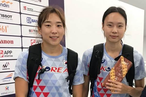 Atlet lari jarak pendek Korea Selatan Youjin (Kiri) dan Kim Minji (Kanan). - Bisnis/Nur Faizah