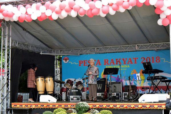 Suasana Pesta Rakyat merayakan HUT Ke-73 RI yang diselenggarakan oleh KBRI di Wina, Austria, Sabtu (25/8). - Istimewa