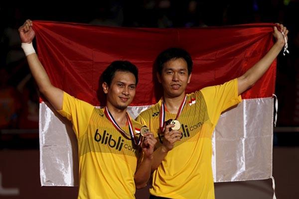 Mohammad Ahsan (kiri) dan Hendra Setiawan - Reuters/Beawiharta