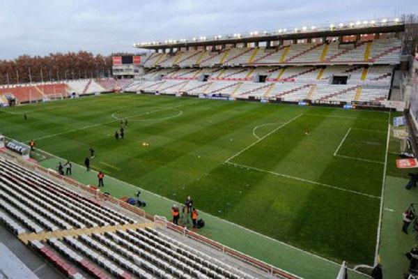 Stadion Vallecas di Metropolitan Madrid, Spanyol. - ESPN